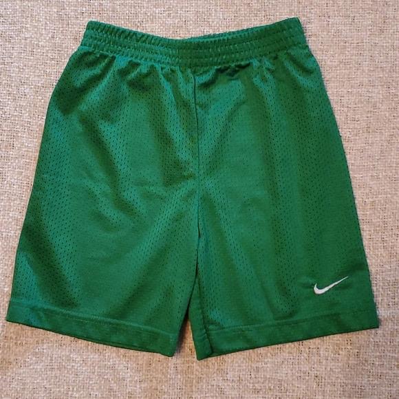 Boys Green Nike 4T Elastic Gym athletic Shorts